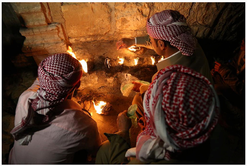 Ignite holy lights in the Ezidi temple of Lalish during New Year ceremony (Emrah Yorulmaz/AA)